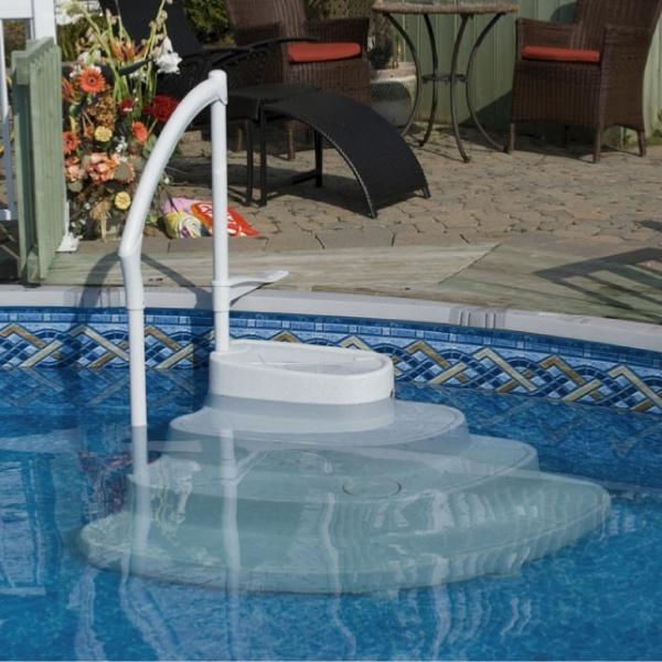 escalier pour piscine majestique. Black Bedroom Furniture Sets. Home Design Ideas